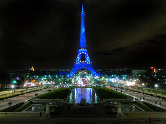Романтическое путешествие, Париж