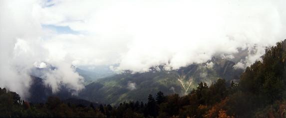 Утро, туман, подъем на перевал Аишка (н/к), Западный Кавказ