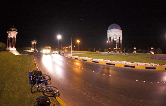 Оман, движение от аэропорта As Seeb в направлении города Барка (Barka)