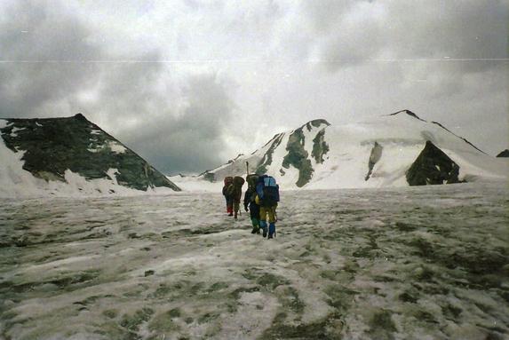 Ц. Алтай, На леднике Удачный