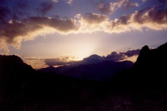 Северный Кавказ, Эльбрус на восходе.
